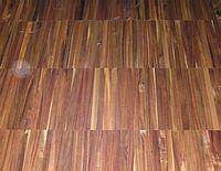 Podlaha ořech