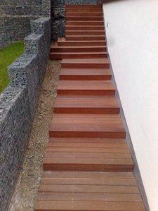Venkovní terasové schodiště - spodní část